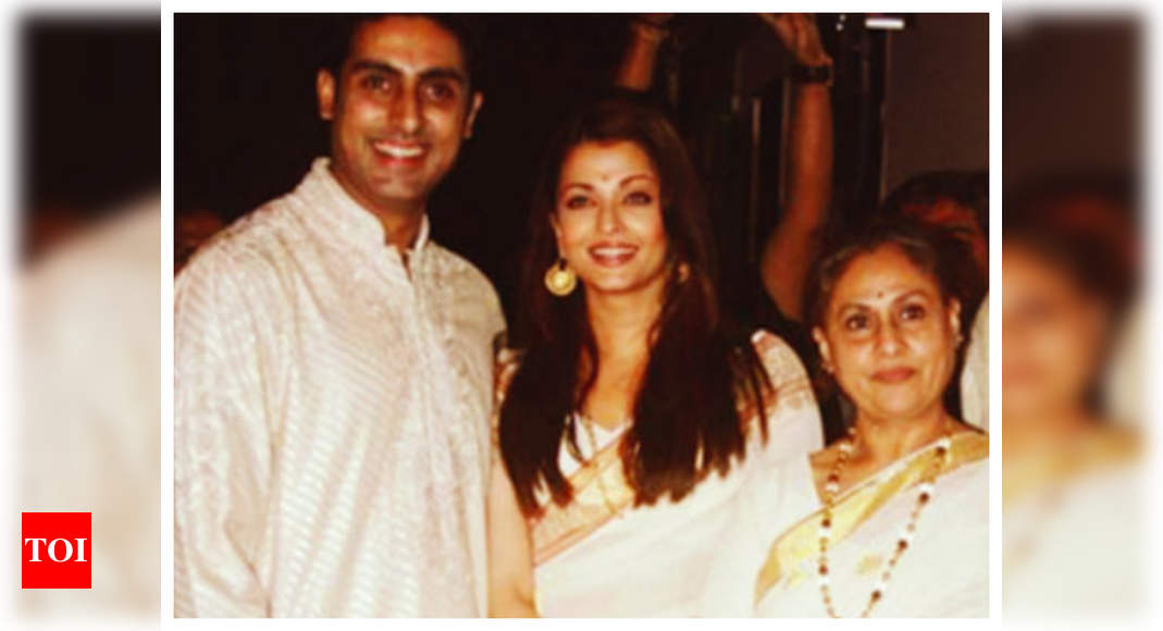 Did you know Aishwarya Rai and Jaya Bachchan talk in Bengali when they gang up against Abhishek Bachchan?   Hindi Movie News