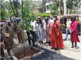 Hema Malini takes part in BMC's adopt a tree campaign