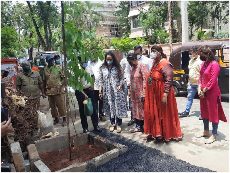 Hema Malini at the tree plantation site during the event