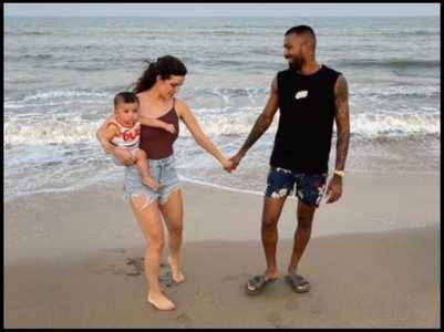Natasa-Hardik's son completes 10-months