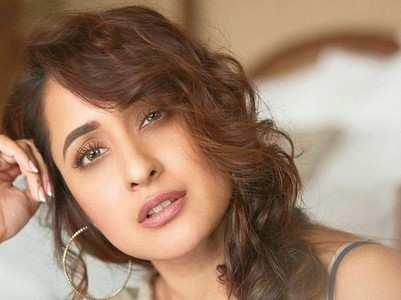 Pragya Jaiswal looks cute in casuals