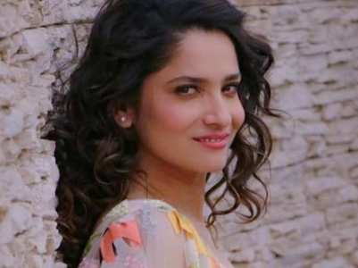 Ankita shares thoughtful lines on love