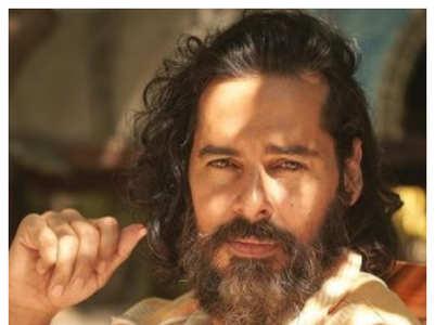 Salman to Hrithik: Ageless men of Bollywood