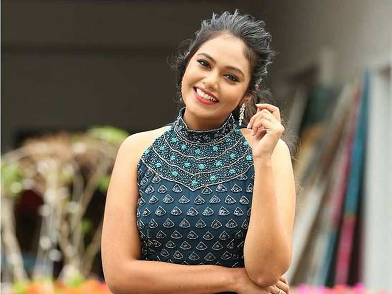 Rebecca Santhosh completes 10 years in TV industry; a special fan edit leaves her overwhelmed