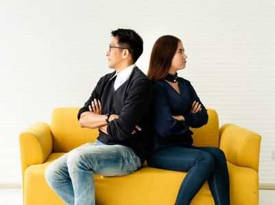 7 signs that your job is ruining your relationship