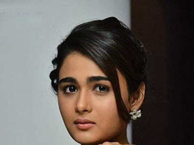 Gorgeous pictures of Shalini Pandey