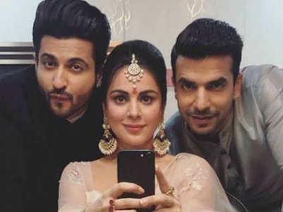 Manit's FRIENDS-like bond with Kundali cast