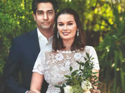Evelyn Sharma shares first picture from her wedding with Tushaan Bhindi
