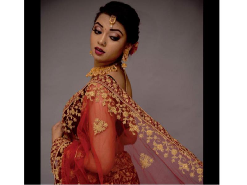 Raksha Gupta's stunning picture in a saree will brighten up your gloomy day
