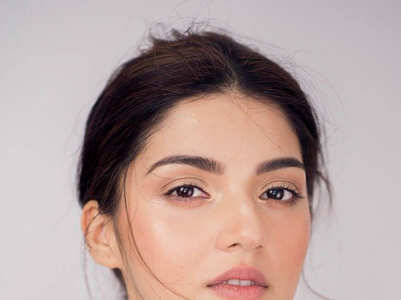 Mehreen Pirzada's stunning pictures