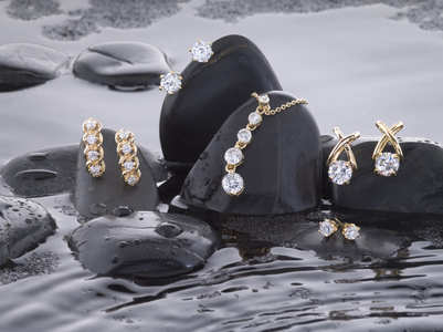 All about natural diamond jewellery