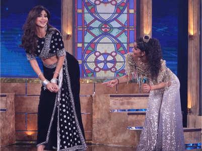 Vartika teaches Shilpa Shetty dance moves