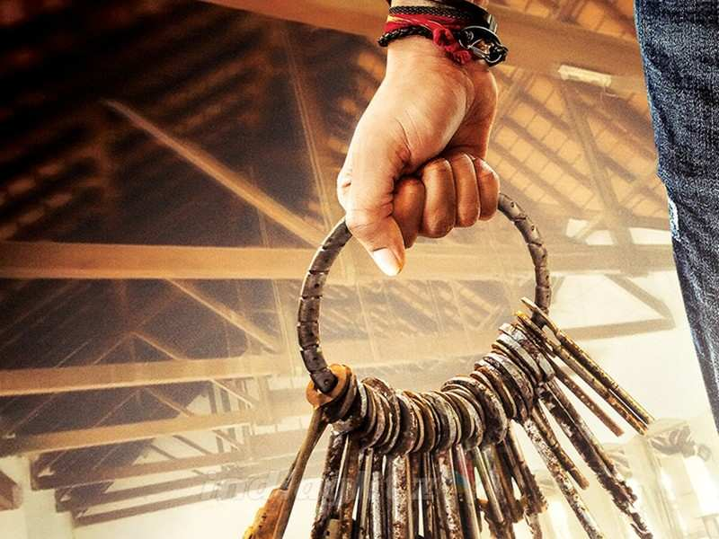 Sarkaru Vaari Paata updates to come only when Mahesh Babu and Keerthy Suresh resume shooting