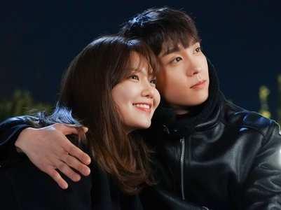 Sooyoung & Choi Tae Joon gets close