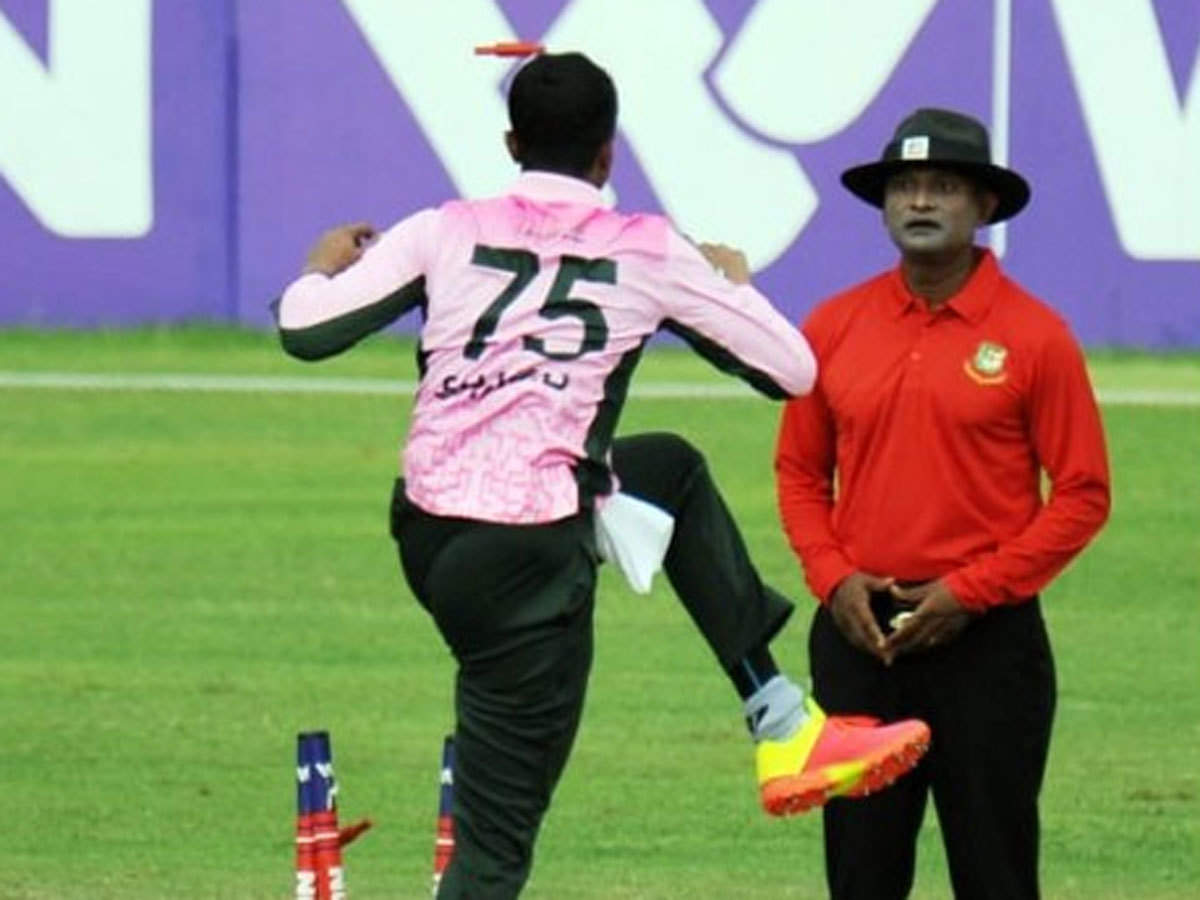 Bangladesh star Shakib Al Hasan courts controversy with boorish on-field behaviour, apologises later | Cricket News - Times of India
