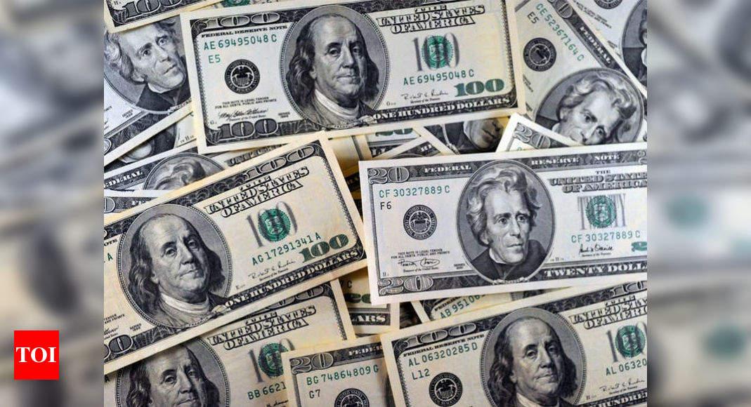 Forex reserves cross 0 billion mark for first time