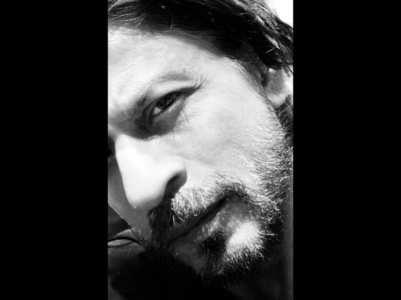Pic: Shah Rukh Khan to trim off his beard