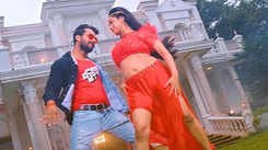 'Baapji': Khesari Lal Yadav and Ritu Singh impress the fans with their chemistry in the new song 'Love Wala Dose'