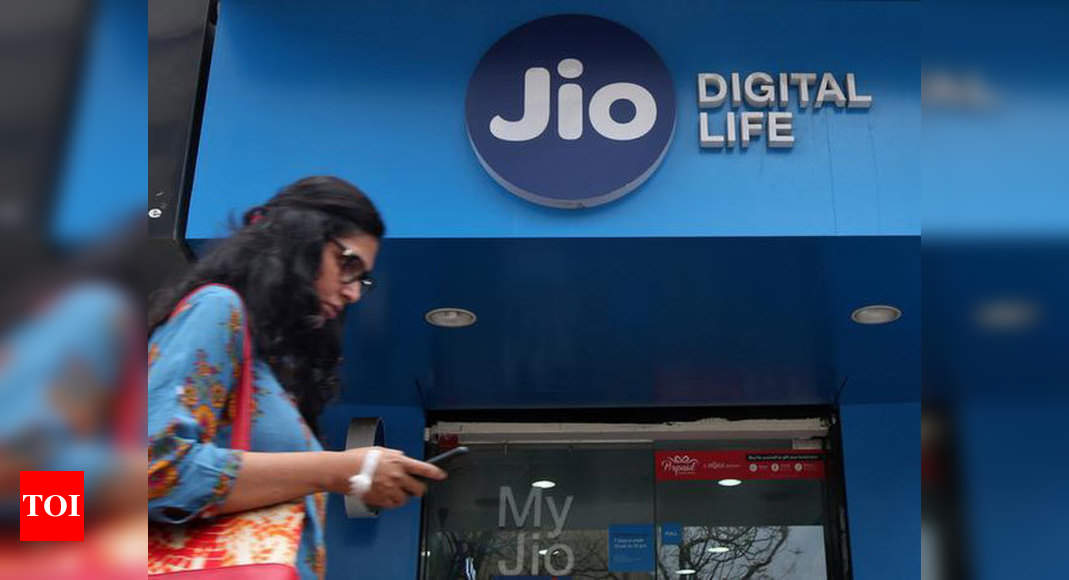 Jio introduces 5 new 'no daily limit' prepaid mobility plans