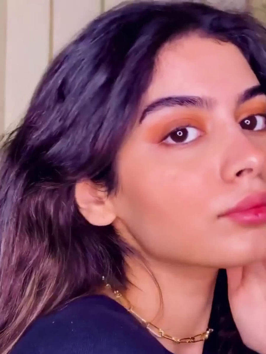 All Khushi Kapoor style essentials you must have