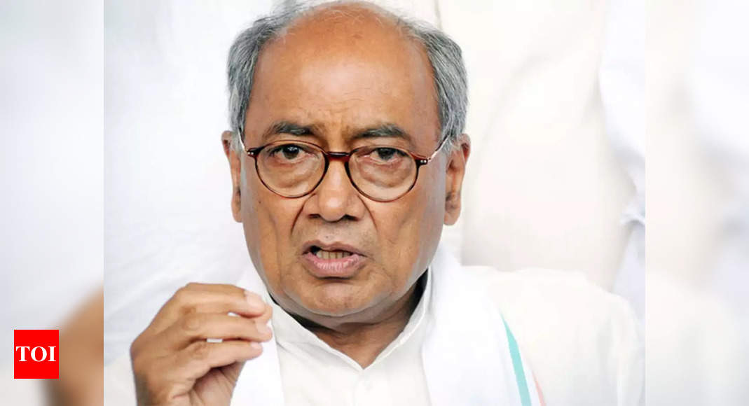 Twitter Faceoff: Huge uproar after Digvijay Singh says 'will reconsider Article 370 revocation'