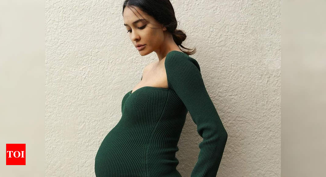 Lisa Haydon gives a sassy reply to a netizen
