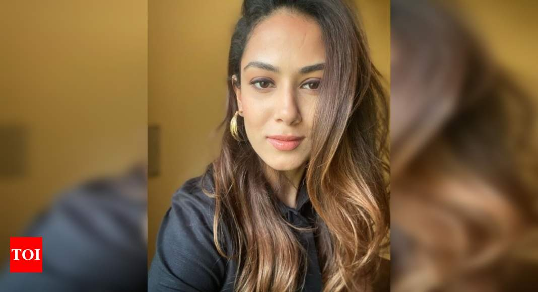 Mira Rajput's weekend selfie gives a glimpse of her 'Virgo Vibe' – Times of India