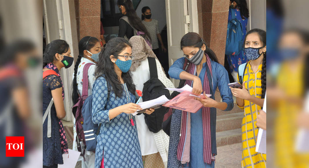 Photo of Student bodies to send petition to president over UGC's blended mode of education