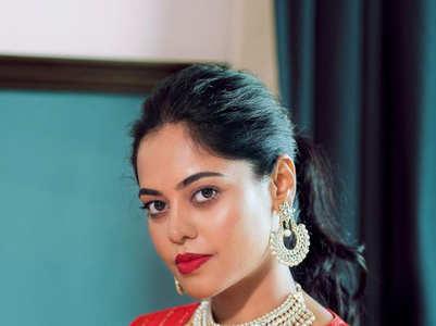 Stunning pictures of Bindu Madhavi