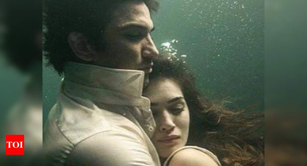 Kriti Sanon recalls Sushant Singh Rajput: Feels painfully weird to know you and I aren't in the same world anymore – Times of India