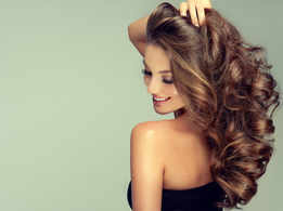 Home-made hair oils for bouncy hair
