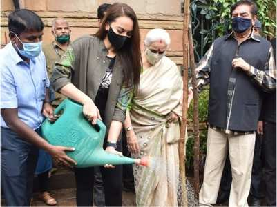 Sonakshi encourages fans to adopt trees