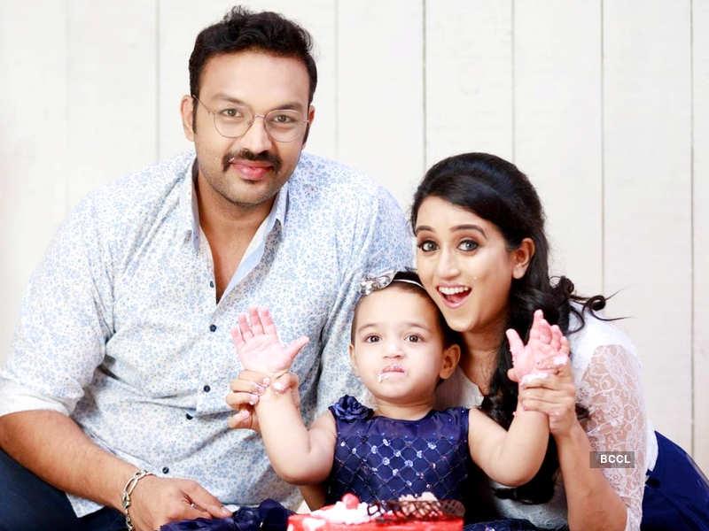 Amit Bhargav and Sriranjini Sundaram celebrate their fifth wedding anniversary (Photo - Instagram)