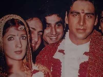 Akshay-Twinkle's unseen wedding pics go viral