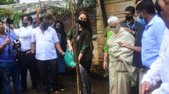 Sonakshi Sinha plants a tree with her parents, encourages fans to replant uprooted trees