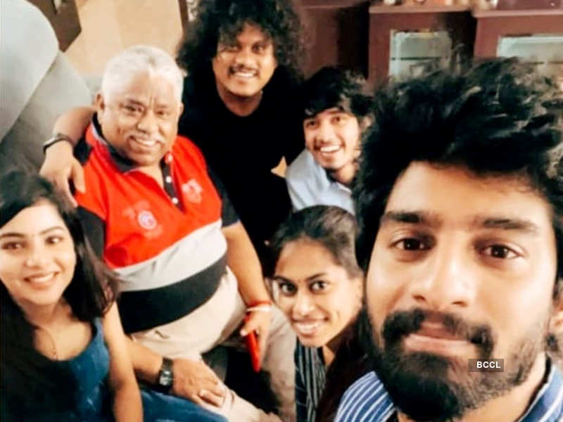 Here's how Pavithra Lakshmi of Cooku with Comalis 2 fame celebrated her birthday with Pugazh and other friends; watch (Photo - Instagram)