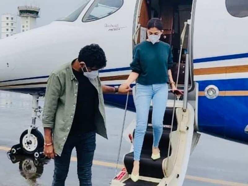 Nayanthara off to Kochi with Vignesh Shivan, here's why