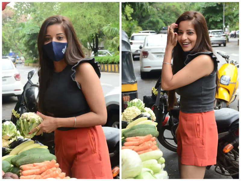 Spotted! Monalisa buys veggies on the street