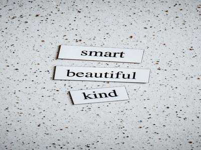 7 ways to gracefully receive a compliment