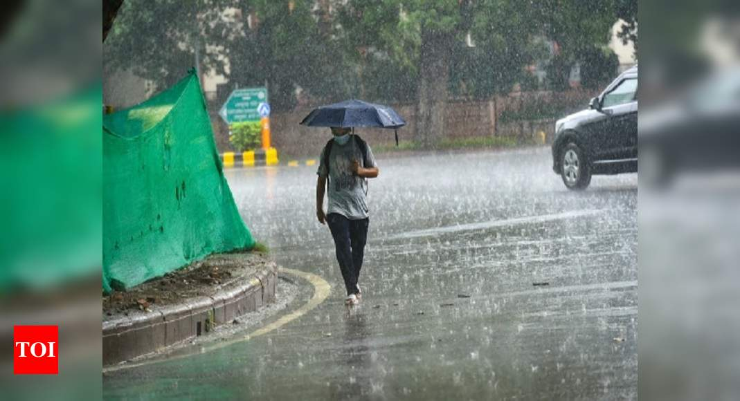 Photo of Delhi: Rain brings respite from hot weather, showers likely on Friday too | Delhi News