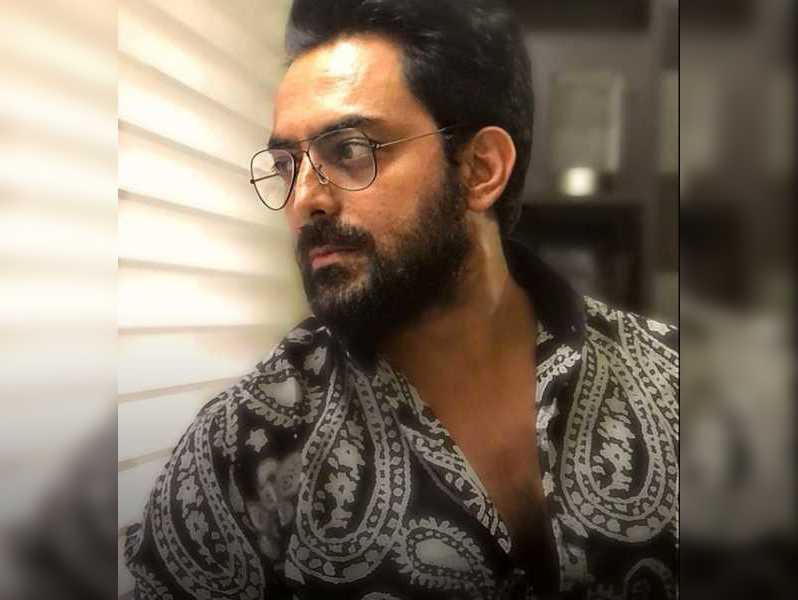 Jayaram Karthik  waiting for the shoot dates of Shabhash Mithu