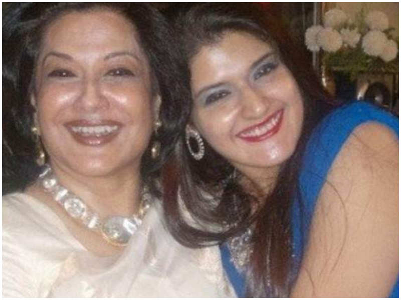 Moushumi Chatterjee's son-in-law immerses the ashes of wife Payal after 18 months-Exclusive!