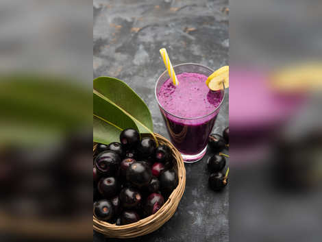 Reasons why you need to eat Jamun this summer