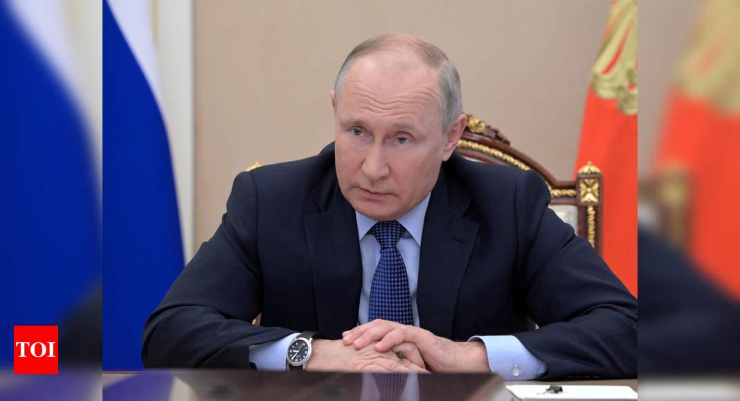 Russia's Vladimir Putin congratulates Iran's Ebrahim Raisi on presidential election win: RIA news agency – Times of India