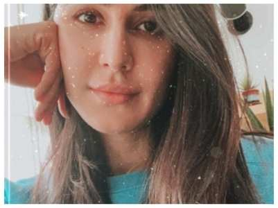 Katrina looks flawless in her Sunday selfie