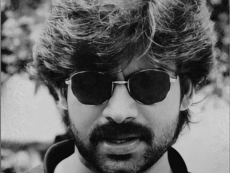 Pawan Kalyan oozes style in the vintage picture that has gone viral on social media