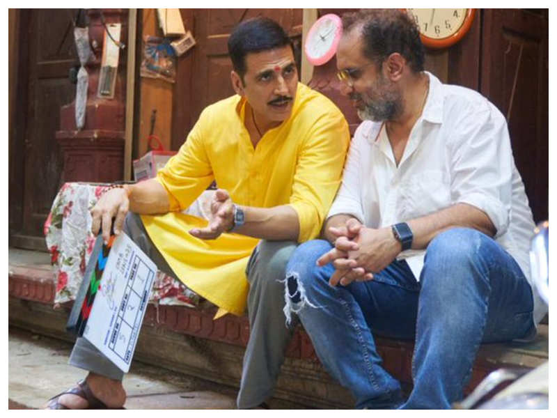 Akshay Kumar dedicates 'Raksha Bandhan' to his sister Alka as he kickstarts shooting of the Aanand L Rai directorial
