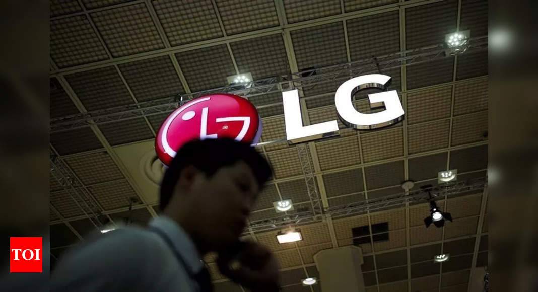 LG may be working on a new rollable TV