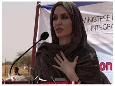 Angelina visits war-weakened Burkina Faso
