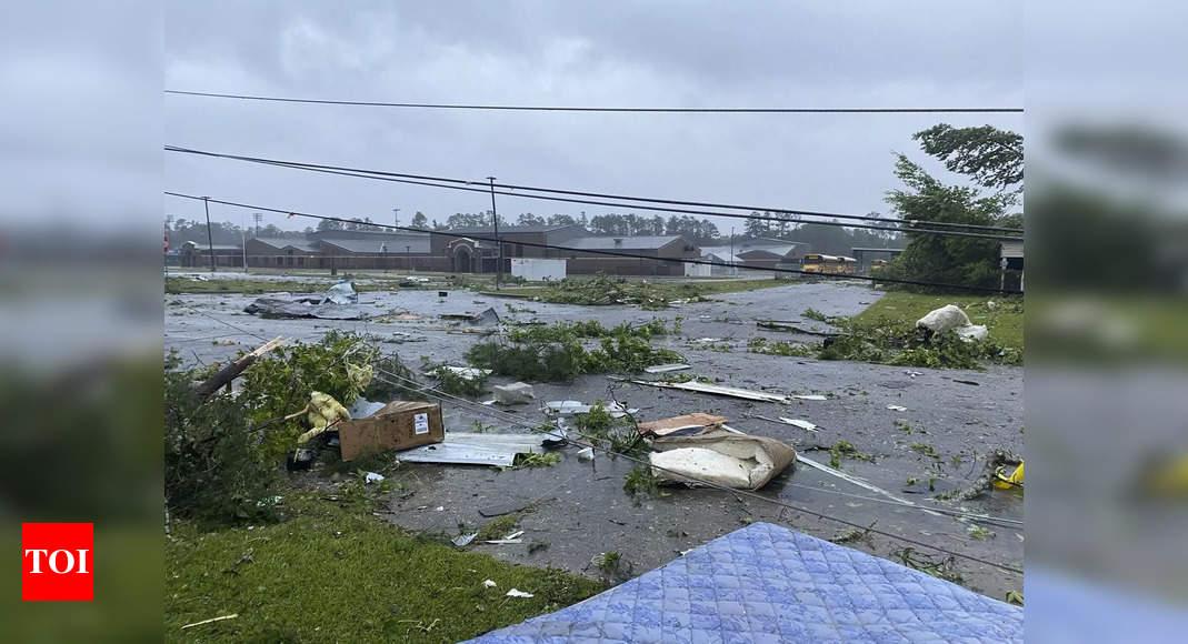 Tropical storm kills 14 people in Alabama